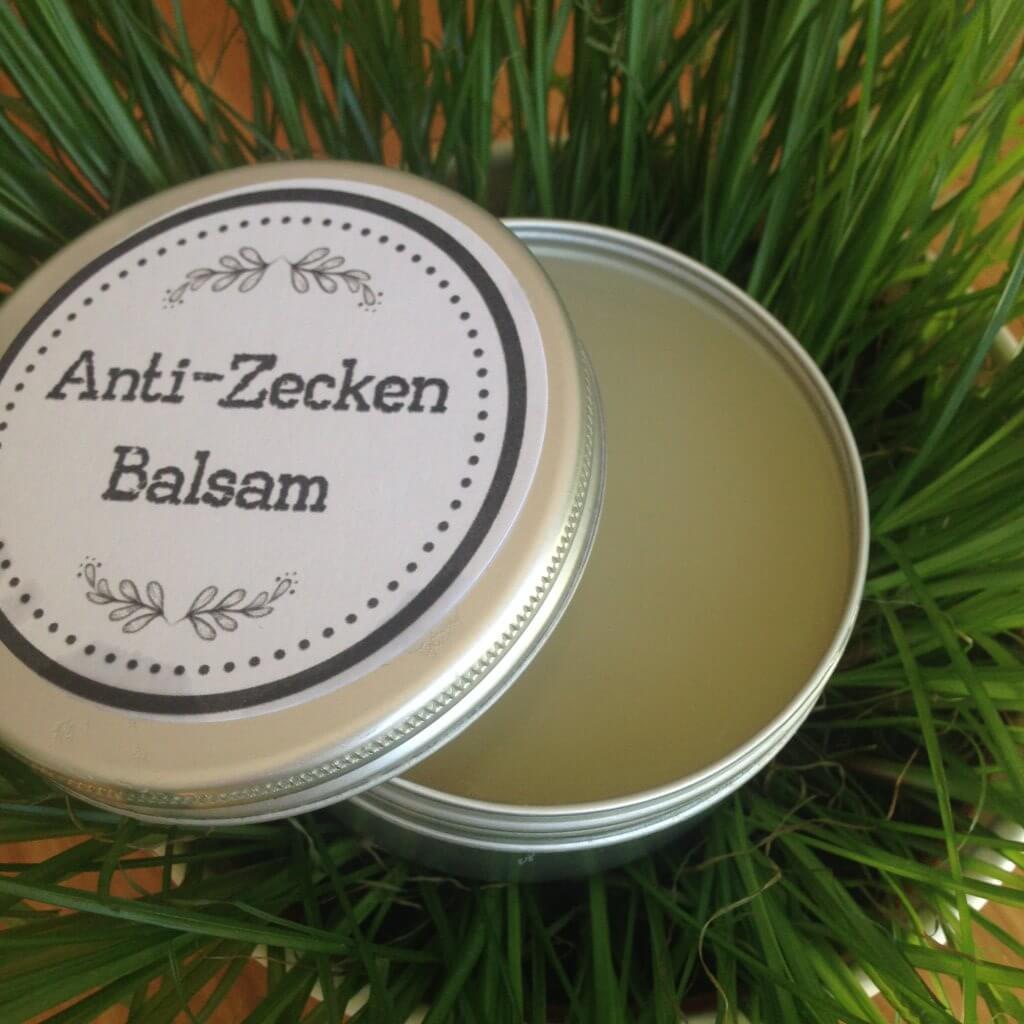 Anti-Zecken-Balsam mit Kokosöl und ätherischen Ölen gegen Zecken